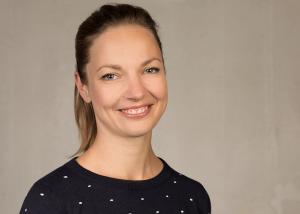 Dr. Julia Stähler