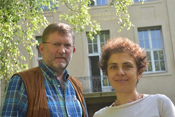 Dr. Barbara Valeriani-Kaminski - rechts im Bild & Thomas Hildebrand - links im Bild