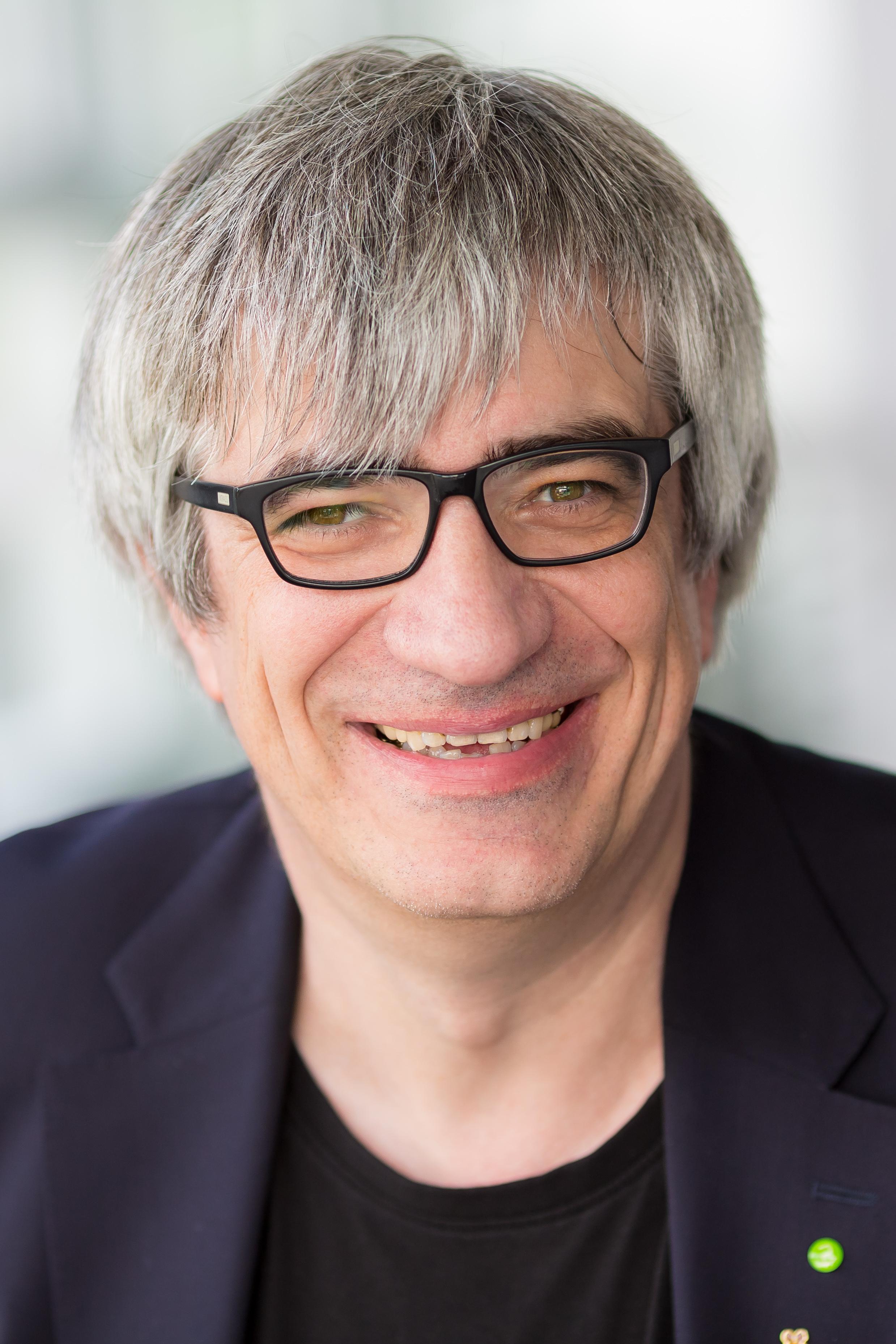 Prof. Dr. Metin Tolan