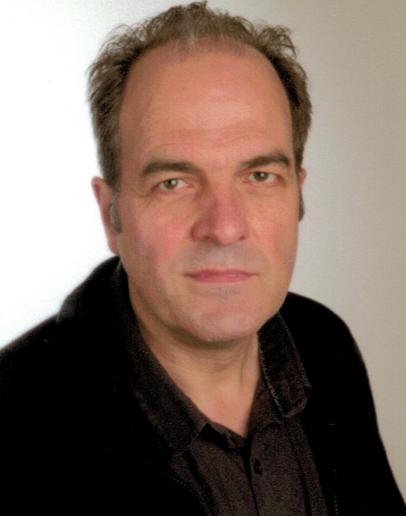 Prof. Dr. Lukas Schreiber